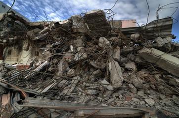 Distruzione di un muro