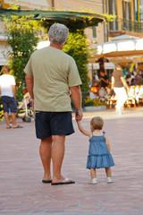 Terza età vs infanzia