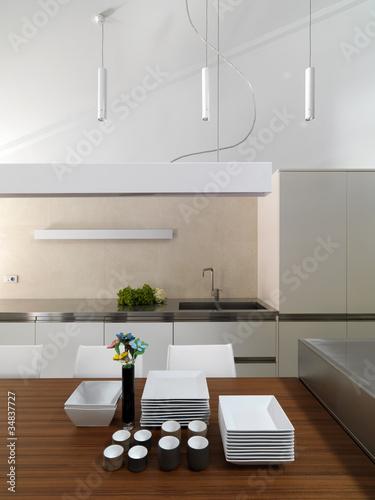 Dettaglio di cucina moderna in mansarda di adpephoto foto for Abbonamento a cucina moderna