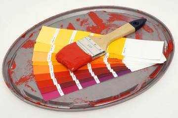 Pinsel und Farbpalette