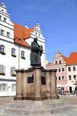 Wittenberg Luther Denkmal vor dem Rathaus