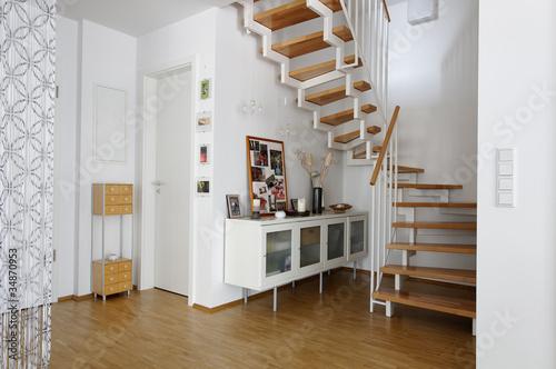 wohnzimmer treppen ansicht stockfotos und lizenzfreie bilder auf bild 34870953. Black Bedroom Furniture Sets. Home Design Ideas