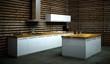 Küchendesign - weisse Küche vor Holzwand