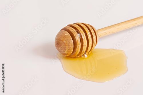 Honey and wood dipper