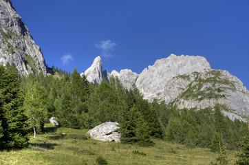 Fantastico panorama delle montagne di Sappada