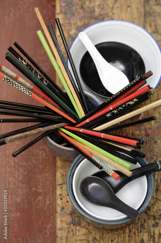 Chopsticks and soup spoons