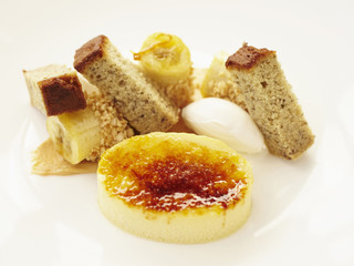 """Close up of banana, croquant and cream"""