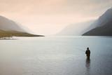 Fototapety Angler im Gjende See (Jotunheimen , Norwegen)