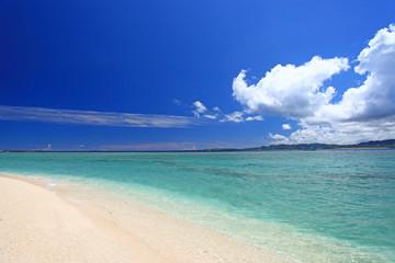 水納島の癒される海辺
