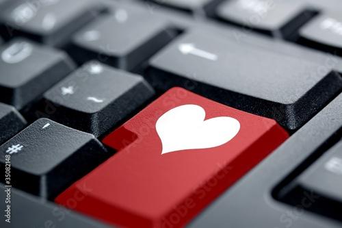 Herz rote Taste