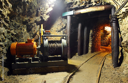 Historical gold, silver, copper mine with machine - 35083555