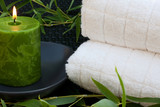 Fototapety Serviettes de bain, bougie et bambou