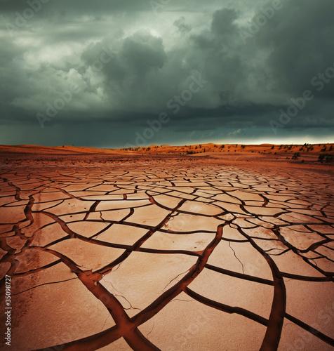 Leinwanddruck Bild Drought land