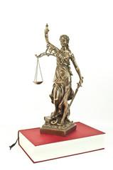 Justitia mit Gesetzbuch