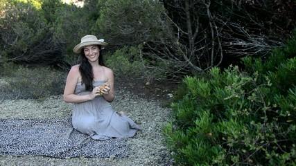 donna nella natura