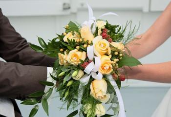 Hochzeitsstrauß & Paar