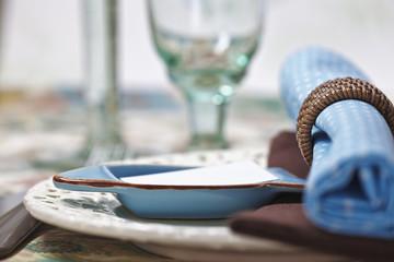 Maritim gedeckter Tisch