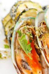 mussels with zucchini