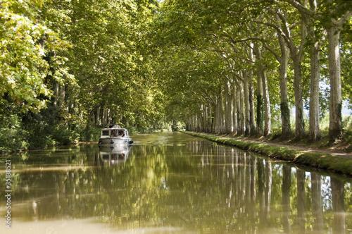 Papiers peints Canal Croisière sur le canal du midi - France