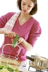 Cuisine - Épluchage des légumes