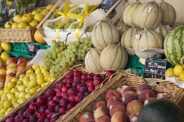 Mercadillo de frutas en St. Remy de Provence (France)
