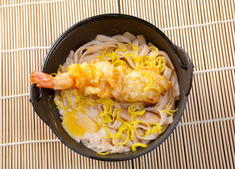 prawn noodles sup with dumpling