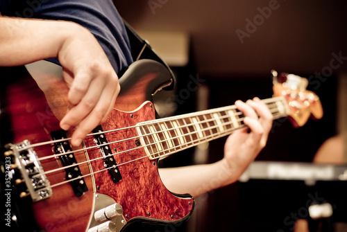 Leinwanddruck Bild musician playing a guitar