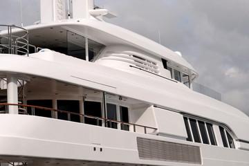 boat power luxury