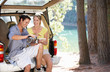 Leinwanddruck Bild - Young couple on country picnic