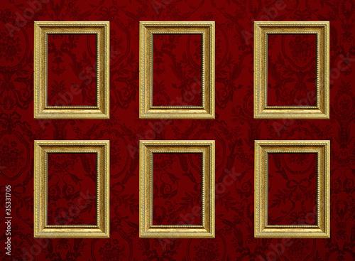 Cornici vuote appese su parete con carta da parati - Cornici da parete per foto ...