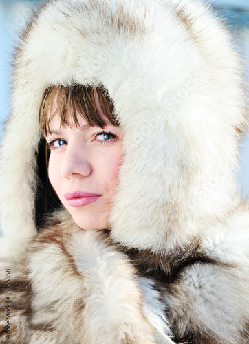 woman wearing fur hat