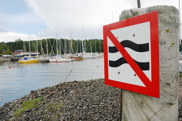 parking sign at the harbor