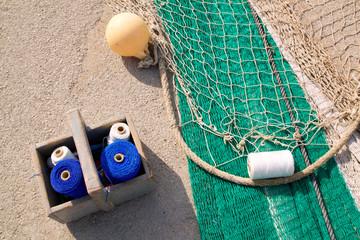 fishing net repair kit with sewing thread spool