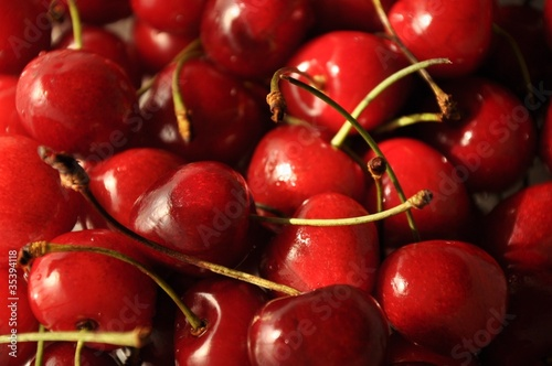 Set of sweet cherries