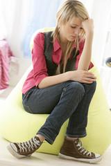 Jeune fille - Problèmes d' Ados