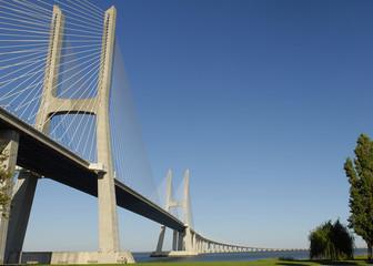 Puente Vasco de Gama,  Lisboa.