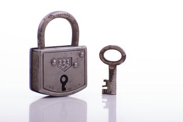 rustikales Schloss mit Schlüssel