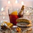 Glühwein und Lebkuchen an Weihnachten