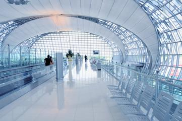 Flughafen Terminal - Abflug Gate