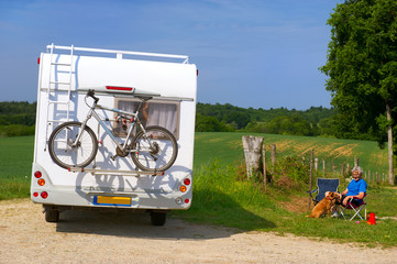 Travel by mobil home