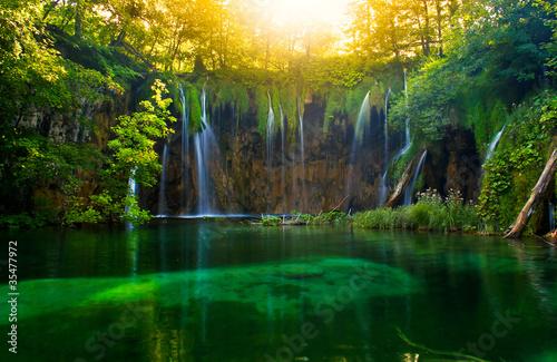 plitvice, Croatia - 35477972