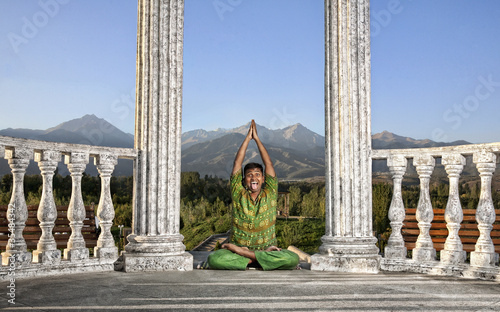 Funny Yoga lotus pose