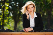 Detaily fotografie Surprised businesswoman calling on the mobile phone