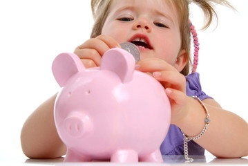 Kleine Romy mit Sparschwein/ H