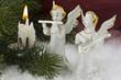 Zwei Engel mit Kerze