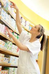 Pharmacie - Mise en place des produits