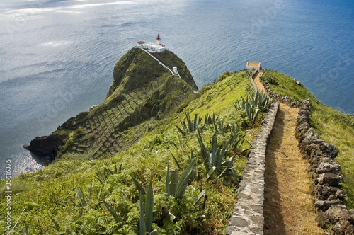 Leinwanddruck Bild Red lighthouse on Azores Islands
