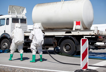 chemical spill after traffic accident