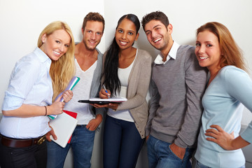 Portrait glücklicher Studenten