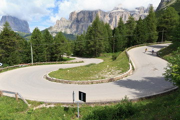 tornante - winding road on Dolomites